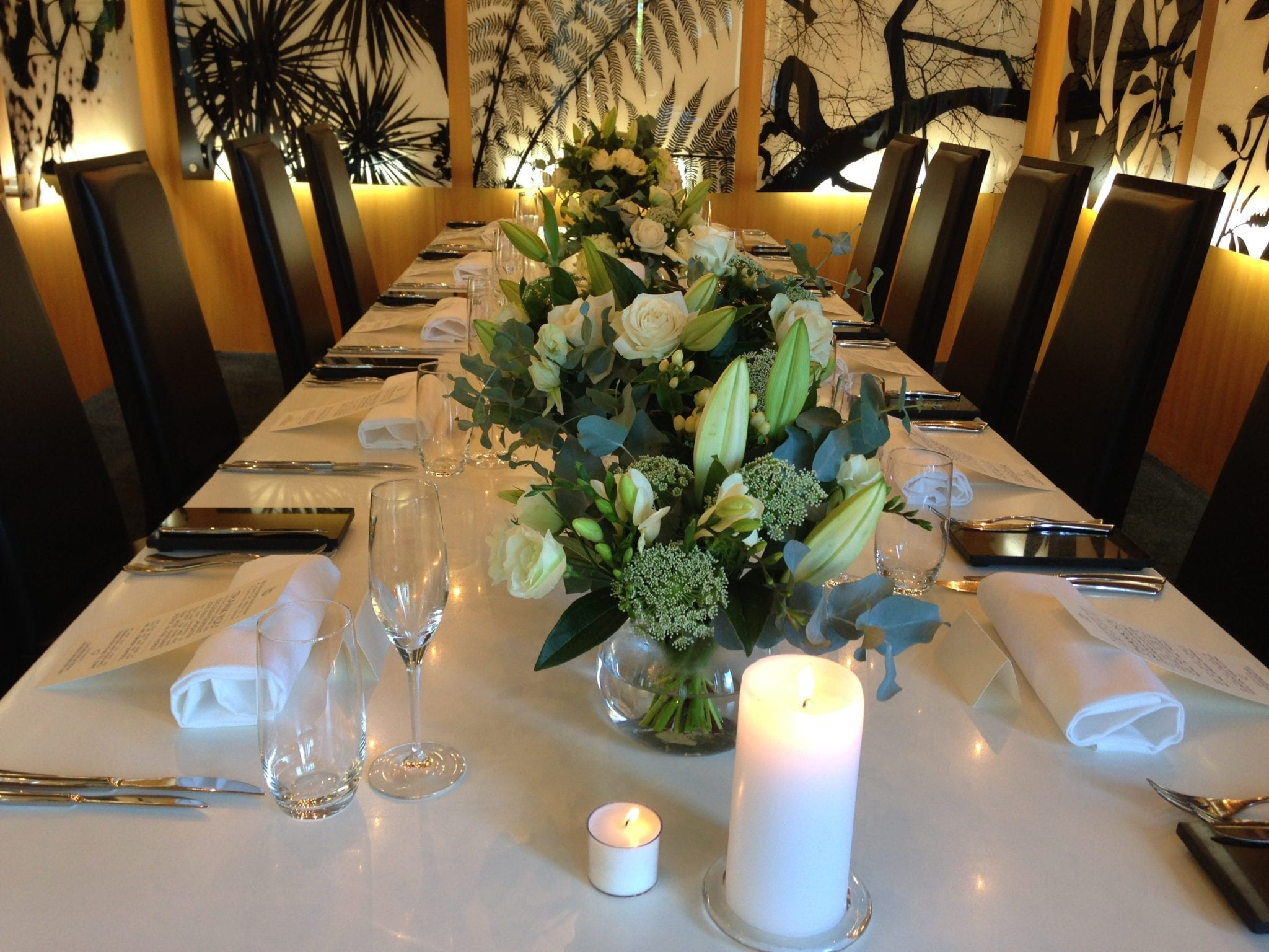 Kim Chan Events| table centrepiece of white and green