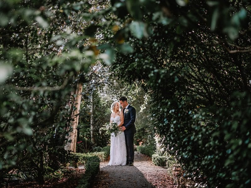 Ben and Claire's wedding photos in the gardens at Mona Vale